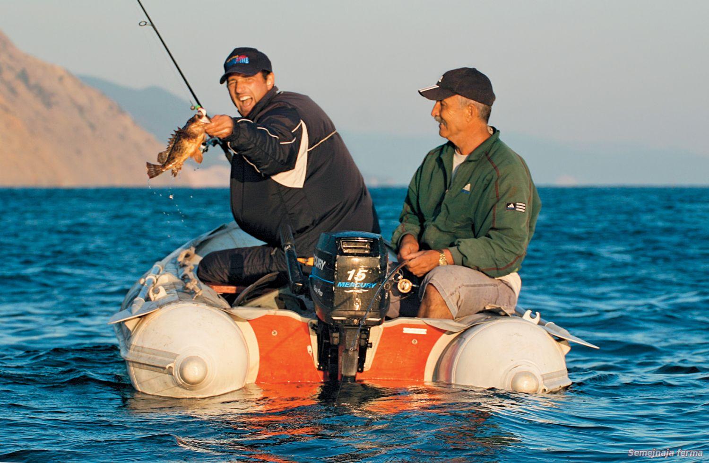ловля на море с камней
